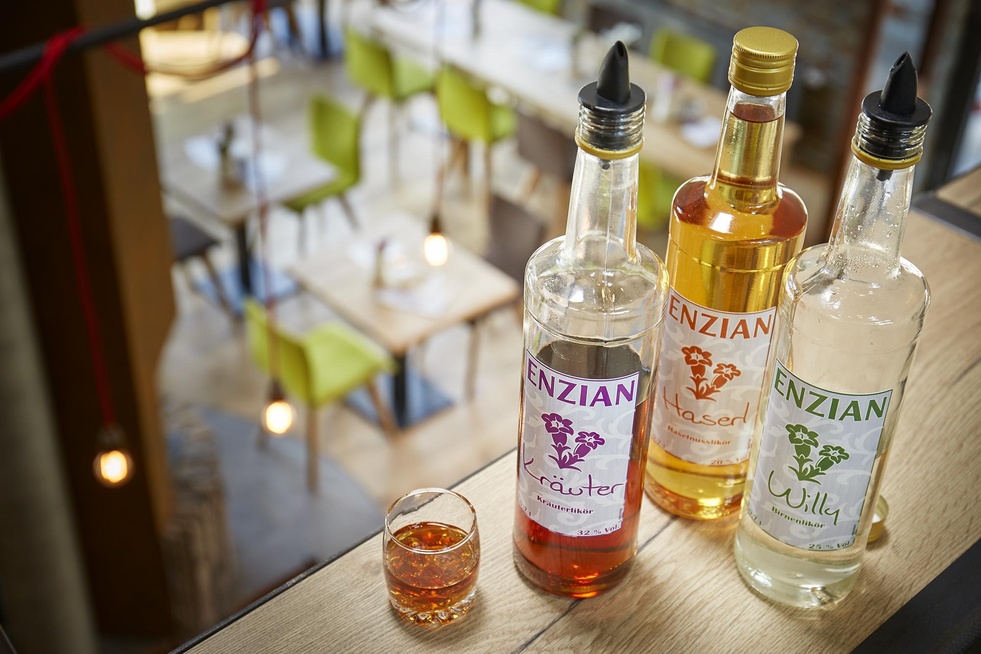 Enzian_X_Drinks_03 Enzian Schnaps